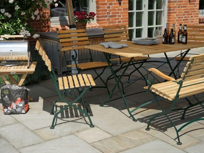 Ploss Gartenmöbel Klapptisch Gartentisch Verona aus Teakholz und Eisengestell  130 x 80 x 75 cm