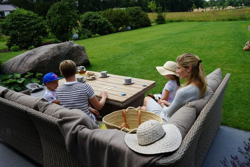 Ploss Gartenmöbel Loungegruppe Borneo aus Polyrattangeflecht mit Akazie Gestell  Set