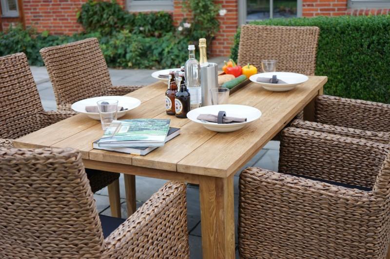 Ploss Gartenmöbel Set Lotus und Picton - 1x Gartentisch Teak und 6 Gartenstühle inkl. Auflage - 7-teilig