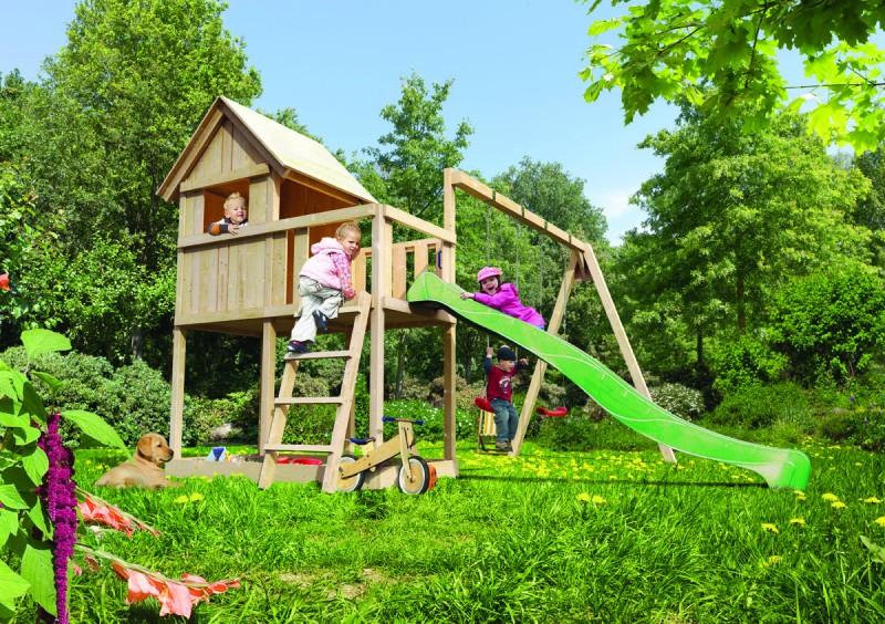 Akubi Spielturm Frieda mit Anbau  Satteldach + Rutsche violett + Gerüst / Doppelschaukel