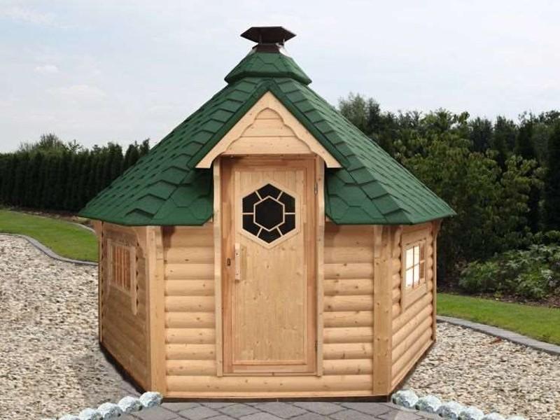 Wolff Finnhaus Grillkota 9 de luxe mit Saunabau inkl. grüne Dachschindeln - 376x550 cm