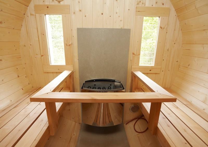 Wolff Finnhaus Saunafass 330 de luxe vormontiert- Fichte inkl. Schindeln ohne Ofen - Maße: Ø235 x 330 cm