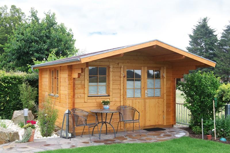 Wolff Finnhaus Holz-Gartenhaus 70mm Blockbohlenhaus  Nordkap 70-C XL (extra hohe Türe)