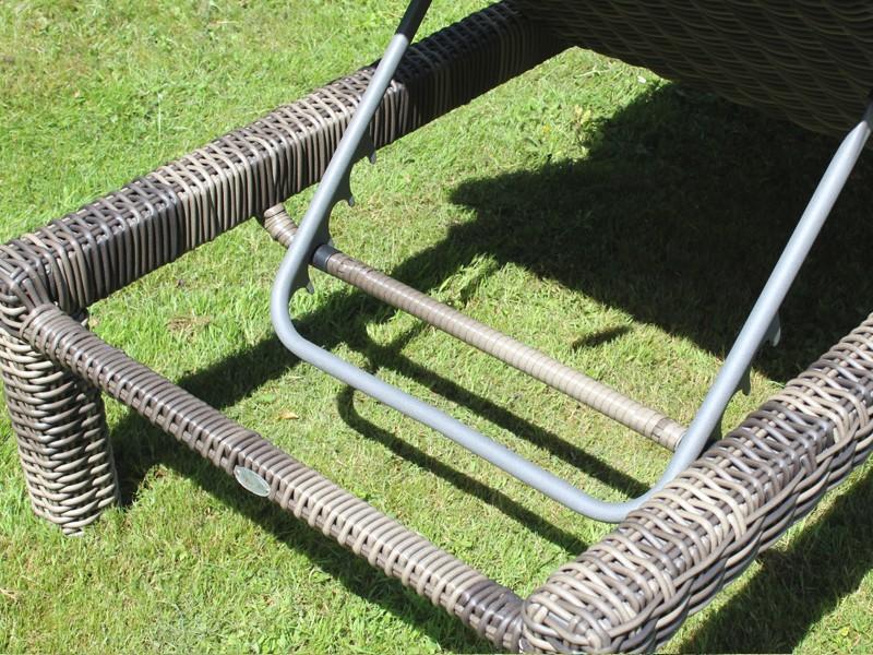 Garden Select Polyrattan Liege Linea Gartenliege - Farbe: grau-braun-meliert