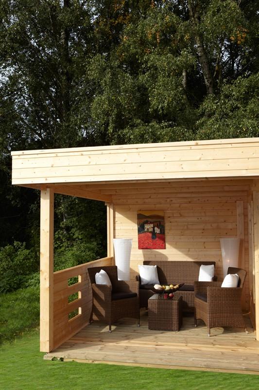 Wolff Finnhaus Holz-Gartenhaus Flachdachhaus Maja 40 -A - 40 mm -  mit Terrasse 350