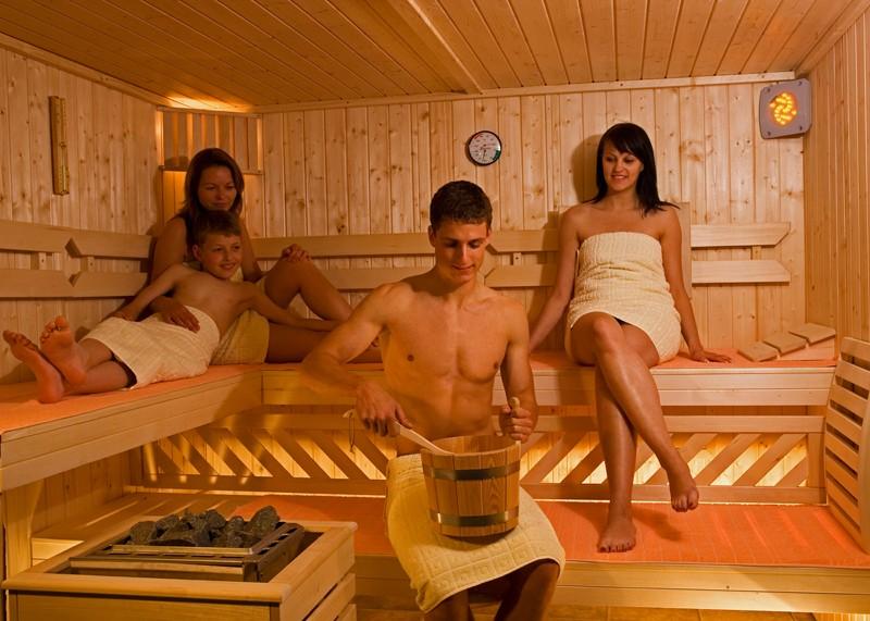 WEKA Heimsauna Elementbau Sauna HALMSTAD 1 Glastüre