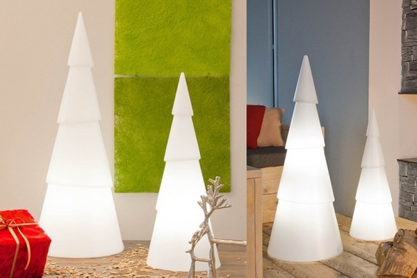 8 Seasons Designs - Shining Christmas Tree rund - Hoch 75 cm - Farbe weiß in Kunststoff