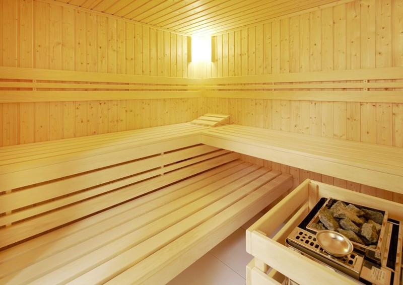 Infraworld Sauna auf Maß Classico Fichtenholz 44 mm Massivbau von Länge 130 - 250 cm Breite 130 - 250 cm